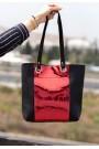 Siyah Cilt Kırmızı Hologram Detaylı Çanta